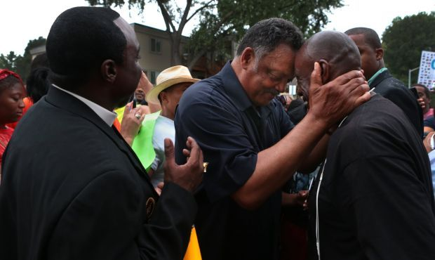 Jesse Jackson visits memorial to Michael Brown