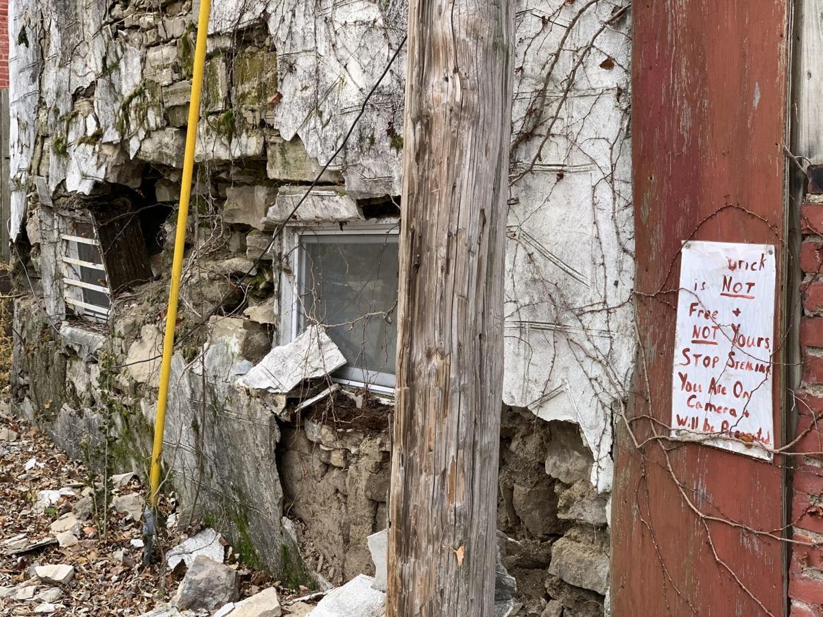 Messenger: Benton Park stone house slowly crumbles while city bureaucracy watches