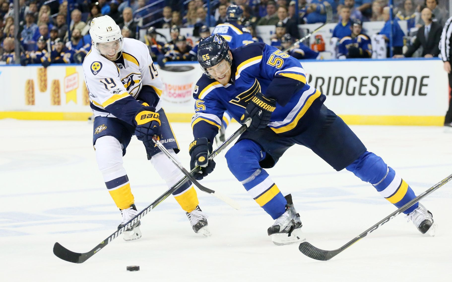 Defenseman Colton Parayko, Blues agree on 5-year deal