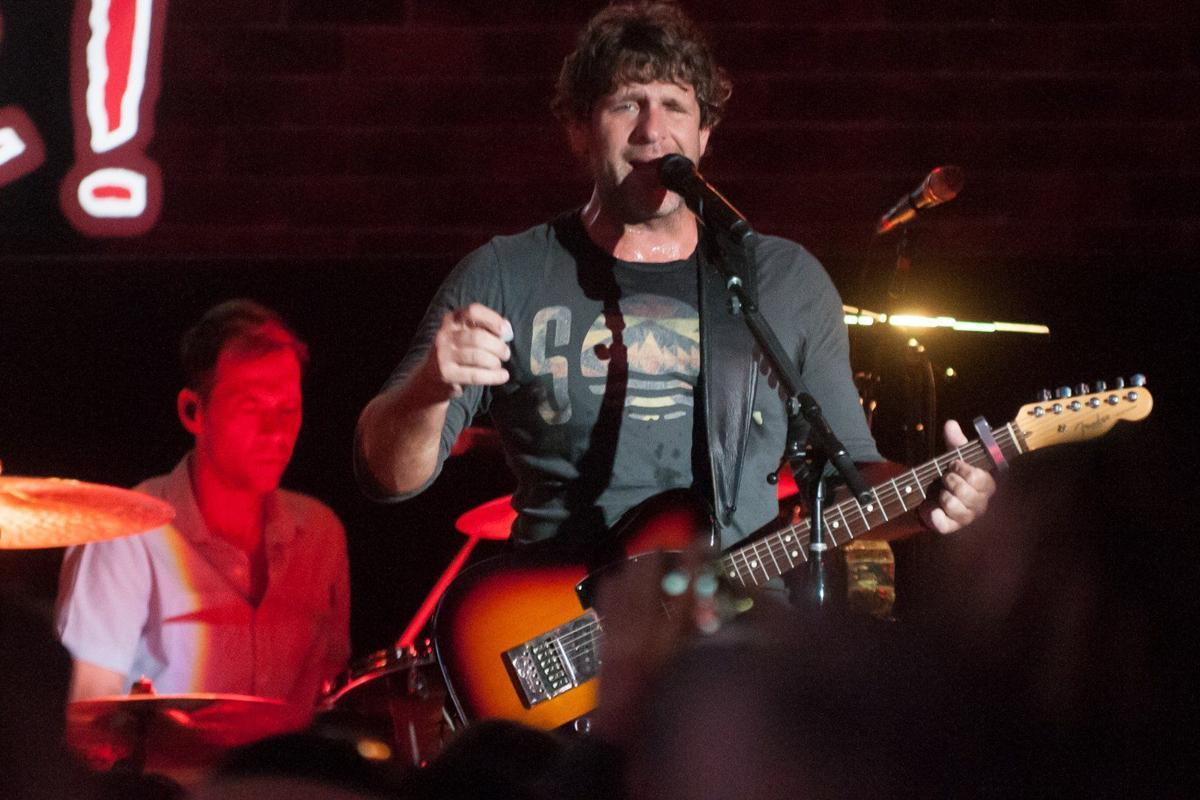 Billy Currington Coming To Chesterfield Amphitheater The Blender