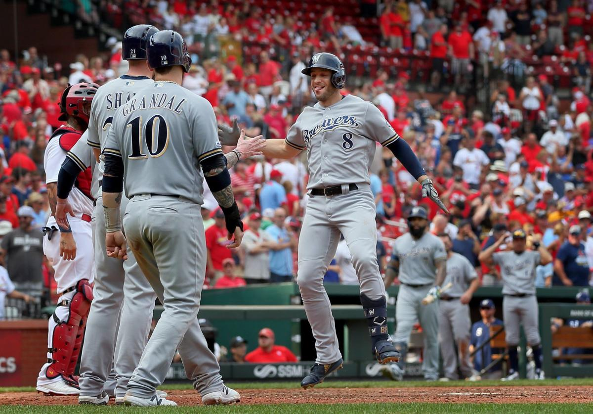 Brewers beat Cardinals with ninth inning grand slam