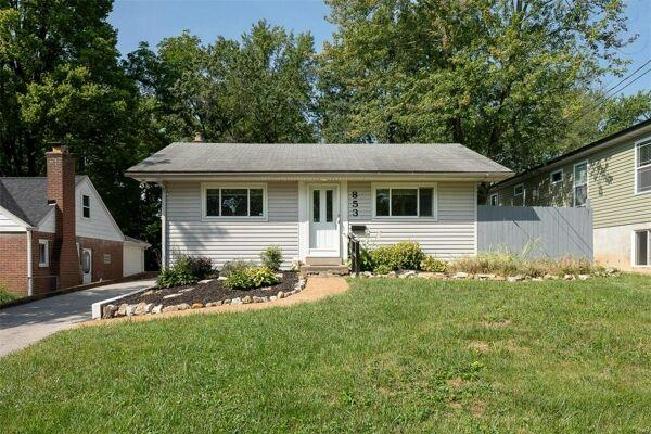 2 Bedroom Home in St Louis - $170,000