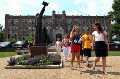 Campus tour at Fontbonne University