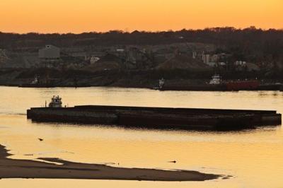 Mississippi River levels