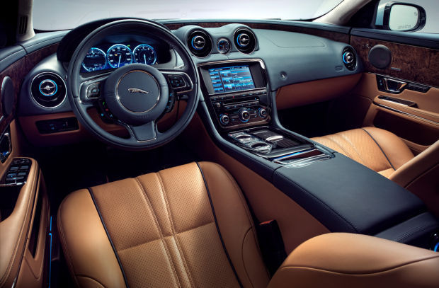 2015 jaguar xj: it's so gorgeous, any shortcomings are forgiven