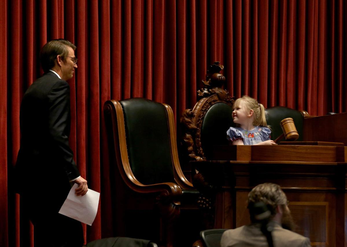 House opens special session on disciplinary action on Governor