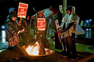 Wentzville GM εργαζομένων επίλυση εξετάζεται ως απεργία πλησιάζει μήνα, επιπτώσεις κύματα κοινότητα