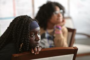 Workshop fragt Jugendliche: Was können Sie tun, um zu helfen stoppen Sie Gewehr Gewalt in St. Louis?