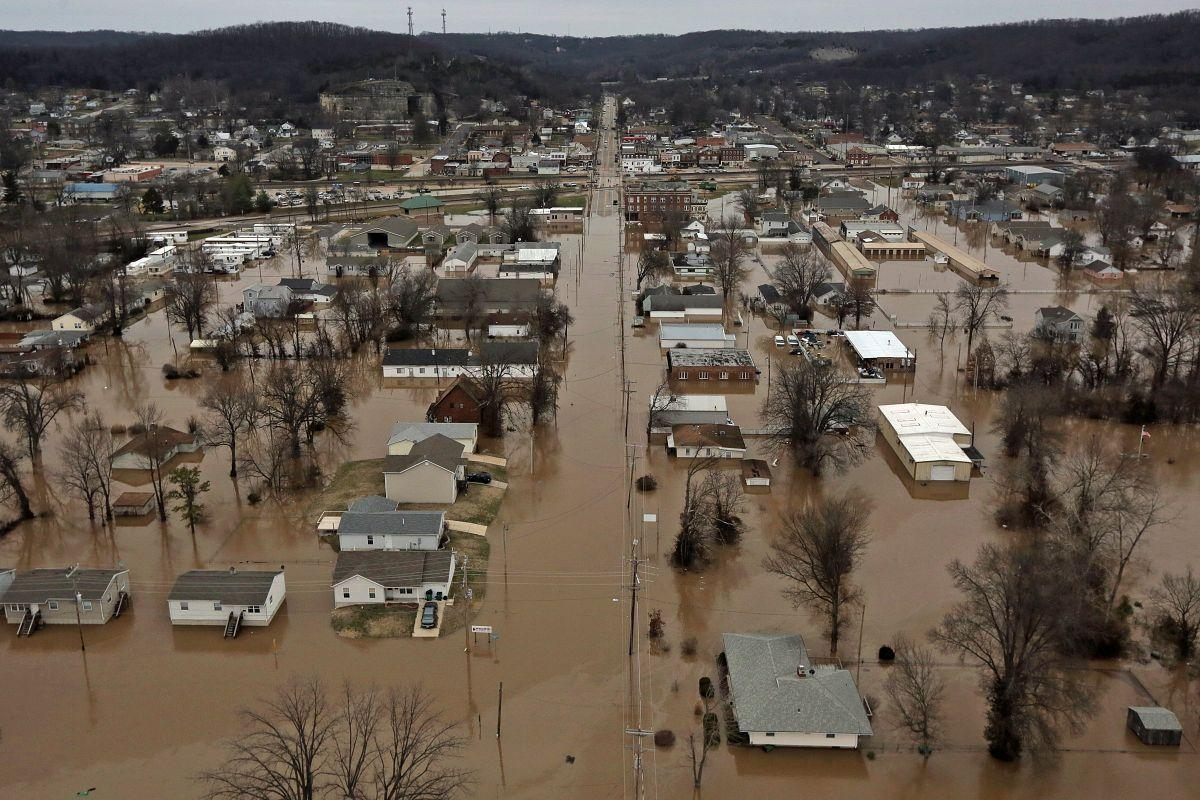 Flooding in Pacific, Mo.