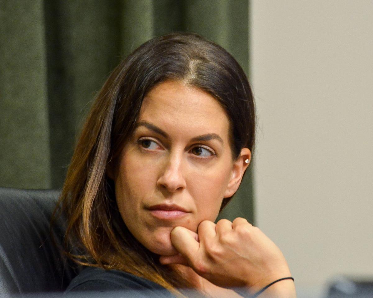 Oldsmar councilwoman resigns