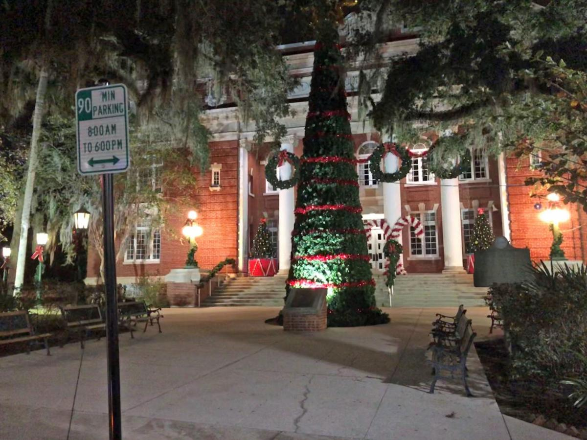 Full slate of Christmas activities in Brooksville downtown