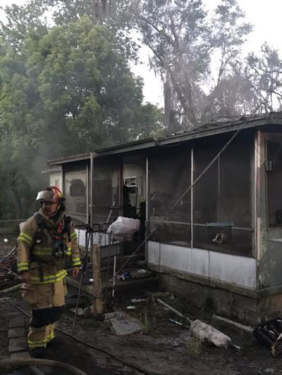 Fire consumes mobile home in Hernando