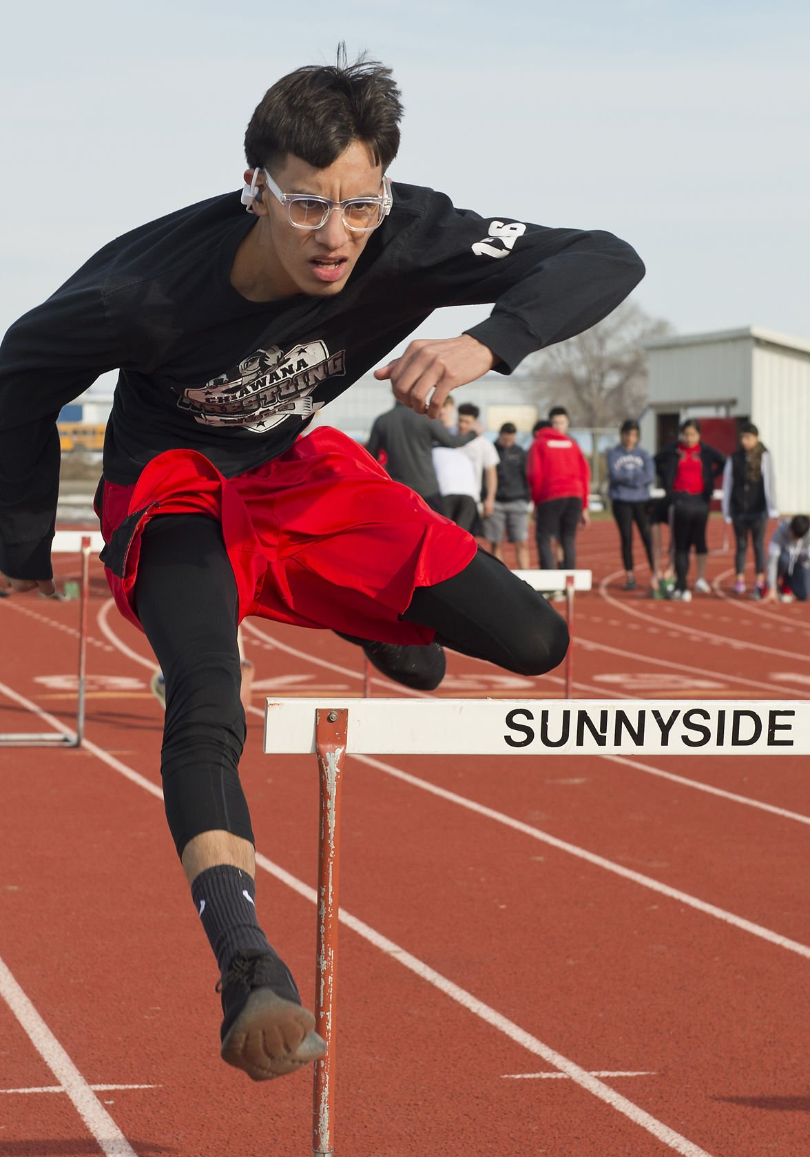 Sunnyside track team runs toward spring