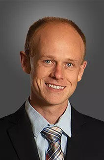 Dr. Robert Wenger