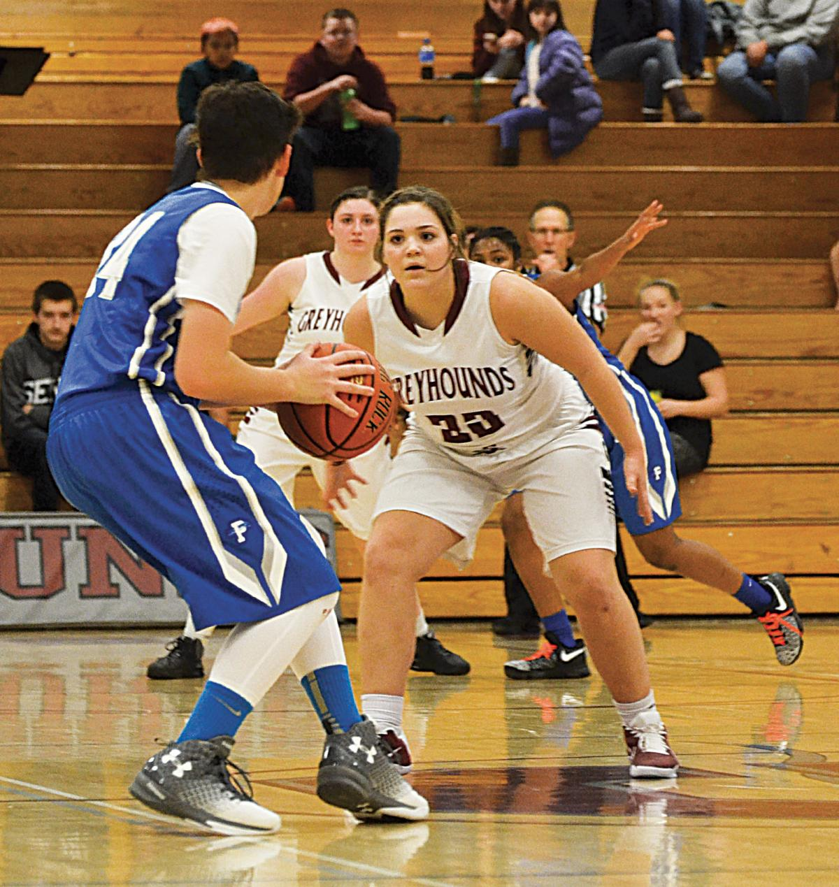 Grandview opens season with 60-43 win