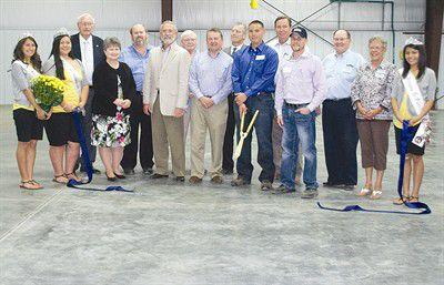 Port of Grandview hosts ribbon cutting for $2.4 million blueberry plant expansion