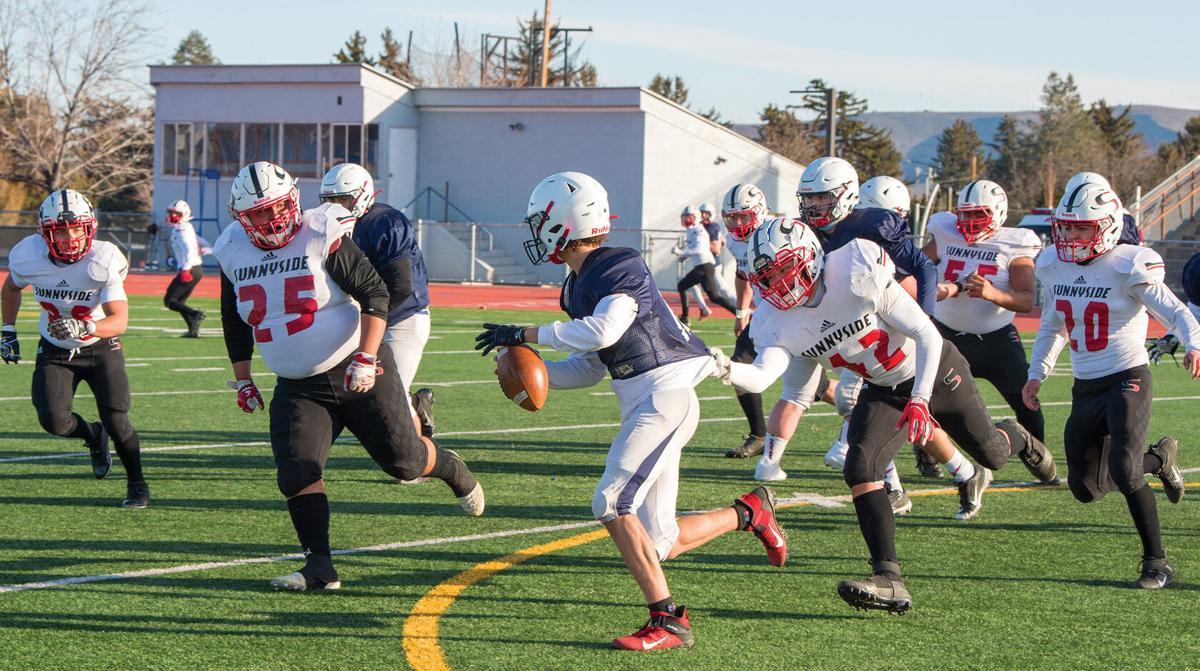 Sunnyside football roars back with jamboree performance