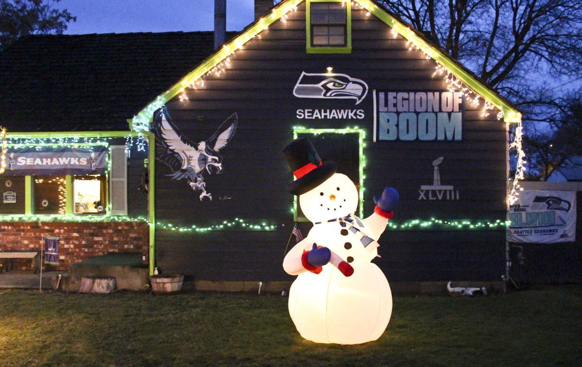 Seahawks Christmas Lights.This Hawk House Is Hard To Miss Community Sunnysidesun Com
