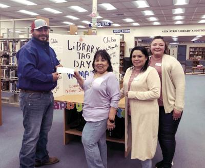 Sweetwater Jaycees Present Check to Library for Tag Day