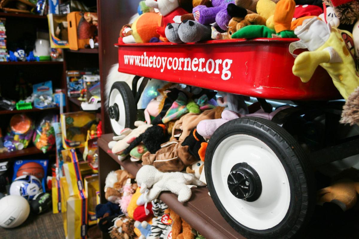 Toy Corner red wagon