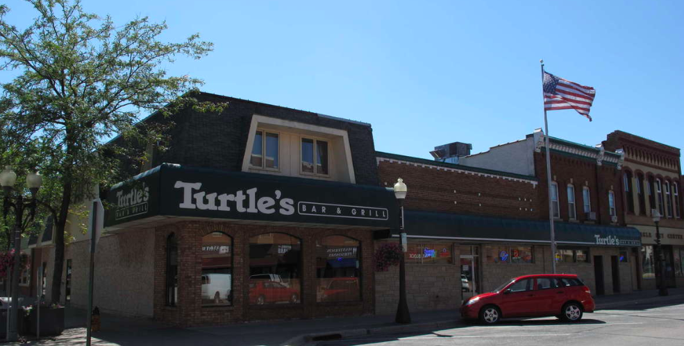 Turtle's Bar and Grill - exterior