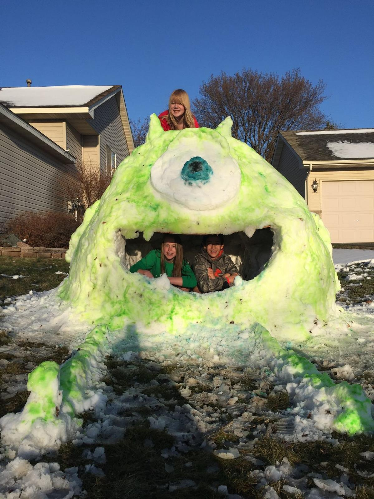 A monster of a snow fort | Local | swnewsmedia.com