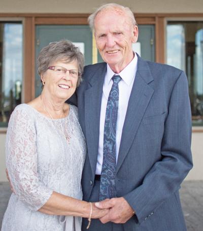 Obituary for Loren and Joyce Carlson