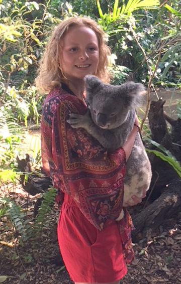 Buentings - Bella and Koala Emily
