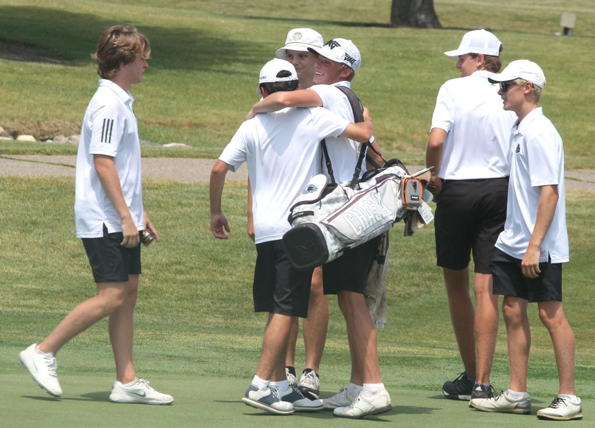Chaska Golf - Johnson with Team