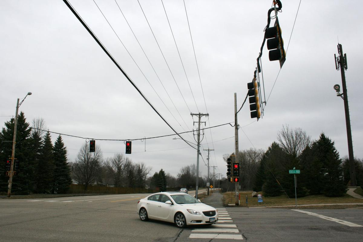 Stoplight at Dell Road and Pioneer Trail