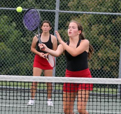 Shakopee girls tennis