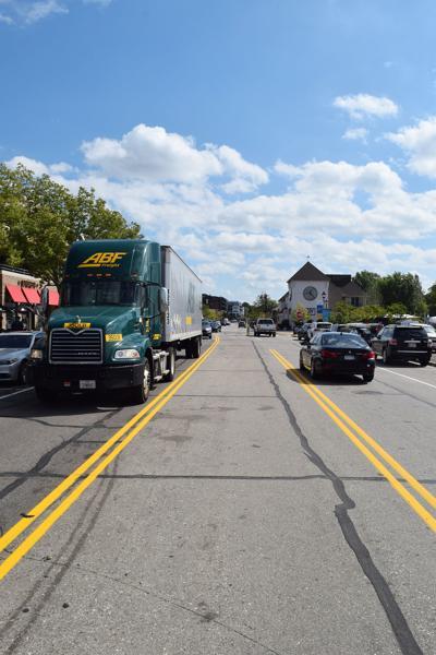 Center lane of Lake Street in Wayzata