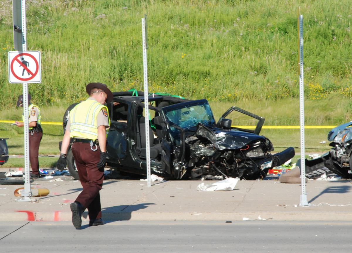 Multi-vehicle crash results in fatality at Highway 41/212