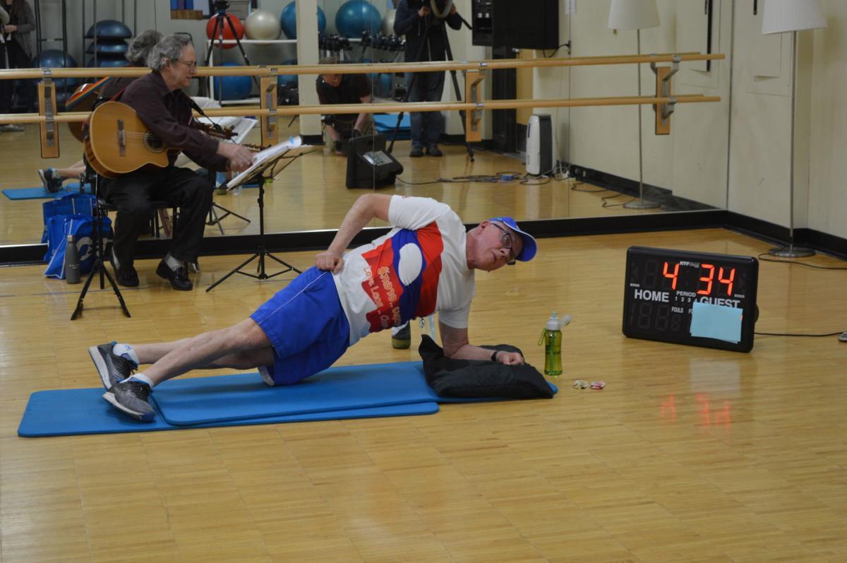 Andy Steinfeldt plank