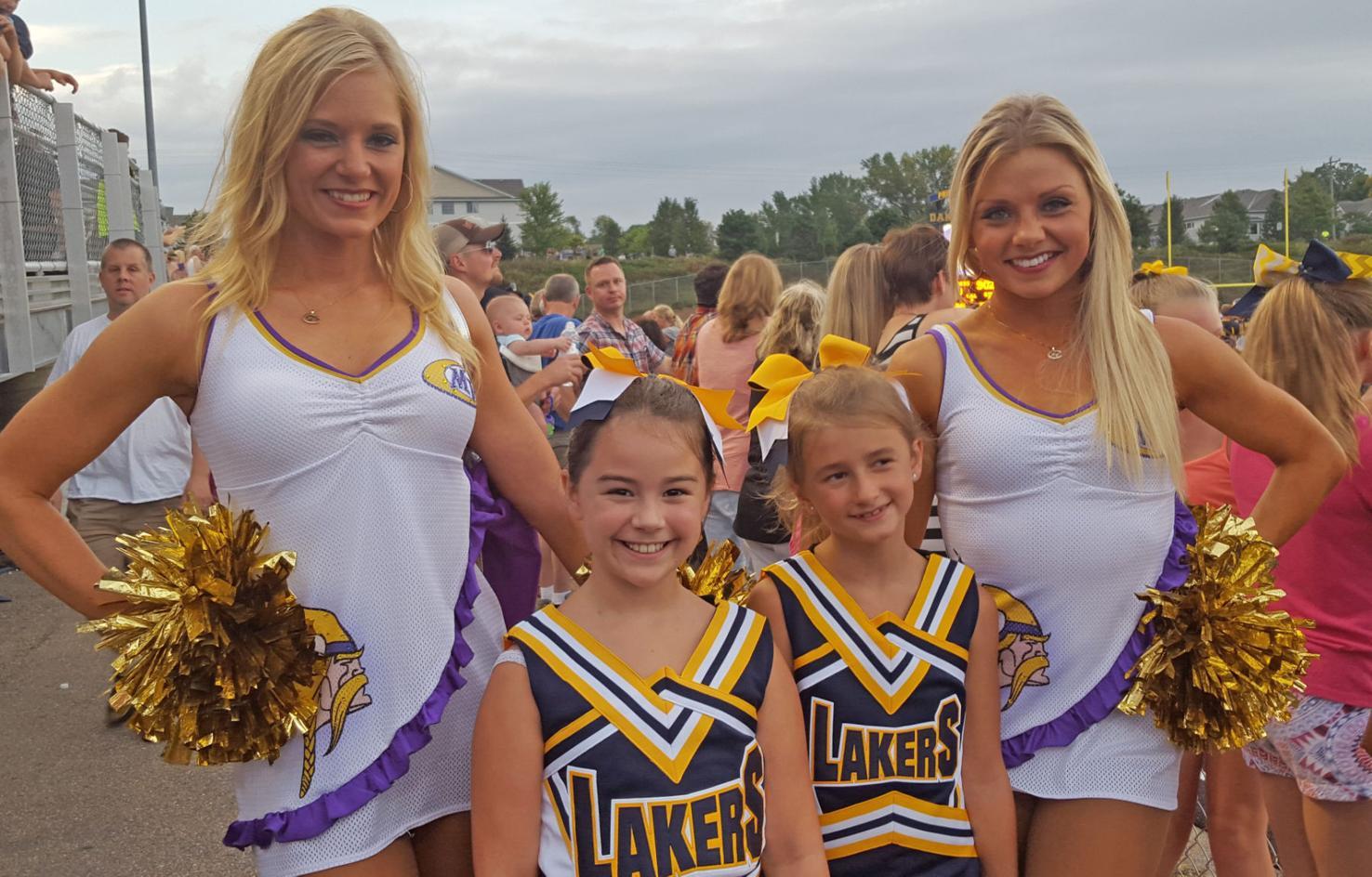 Young fans meet Vikings cheerleaders at Lakers game