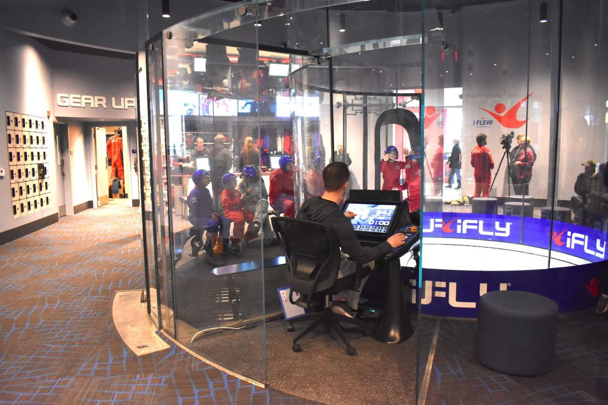 A look inside iFly, Minnesota's 1st indoor skydiving
