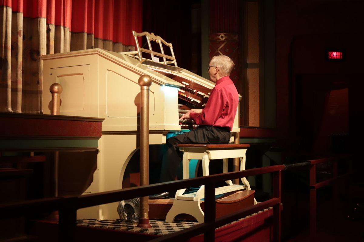 Harvey Gustafson plays organ