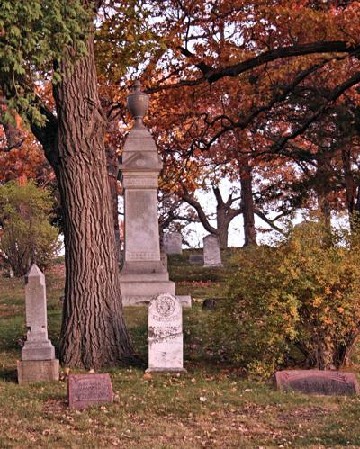 Oak Hill Cemetery - Excelsior