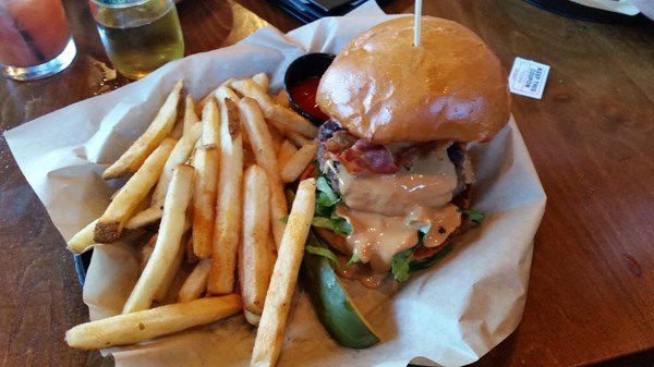Crooked Pint Ale House - Burger