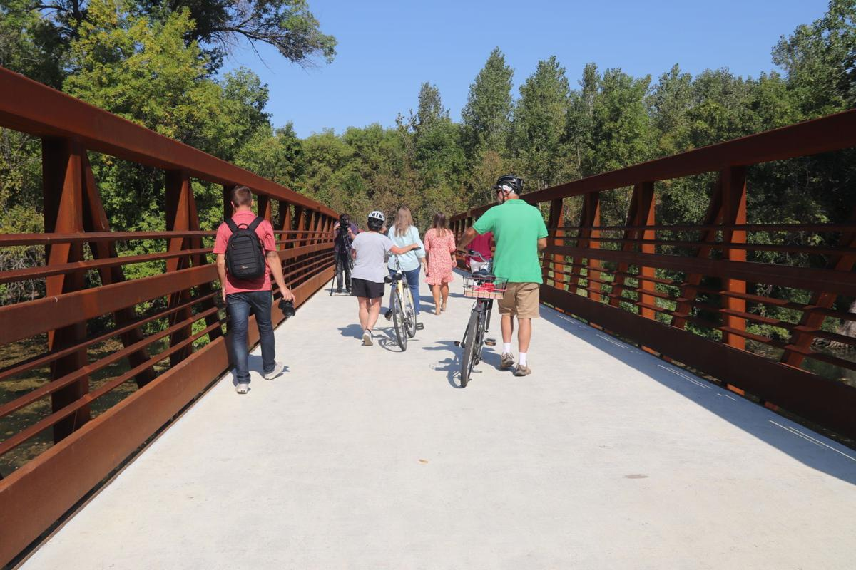 Shakopee Memorial Park Bridge