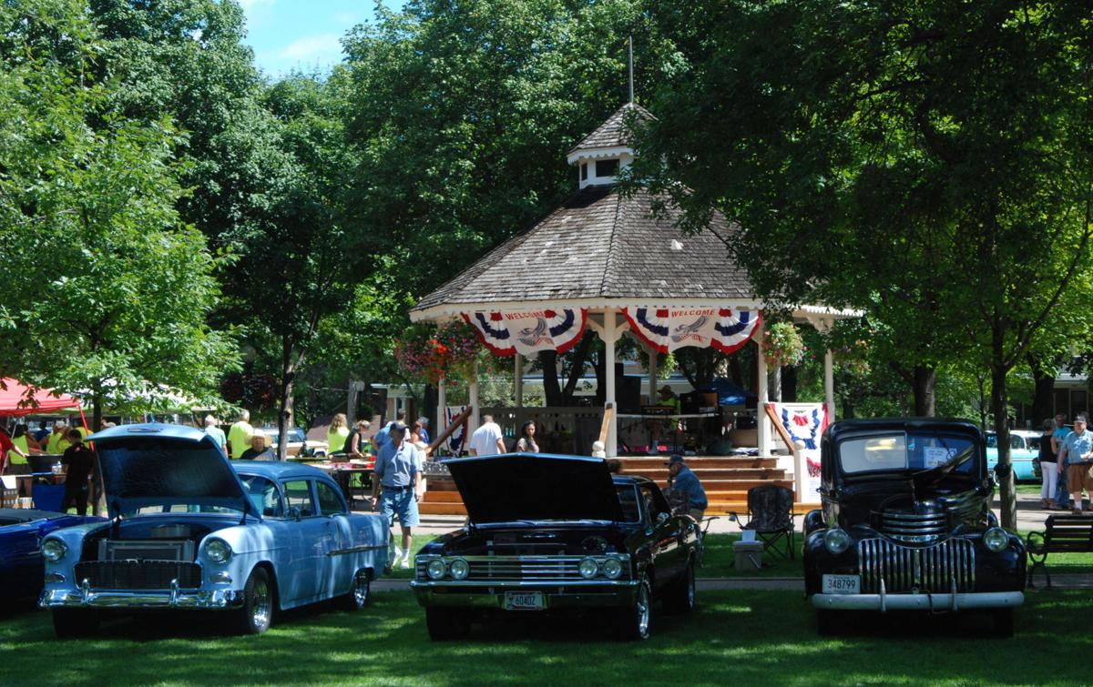 Downtown Chaska Show Will Have Over Cars Tractors And Bikes - Car show flags