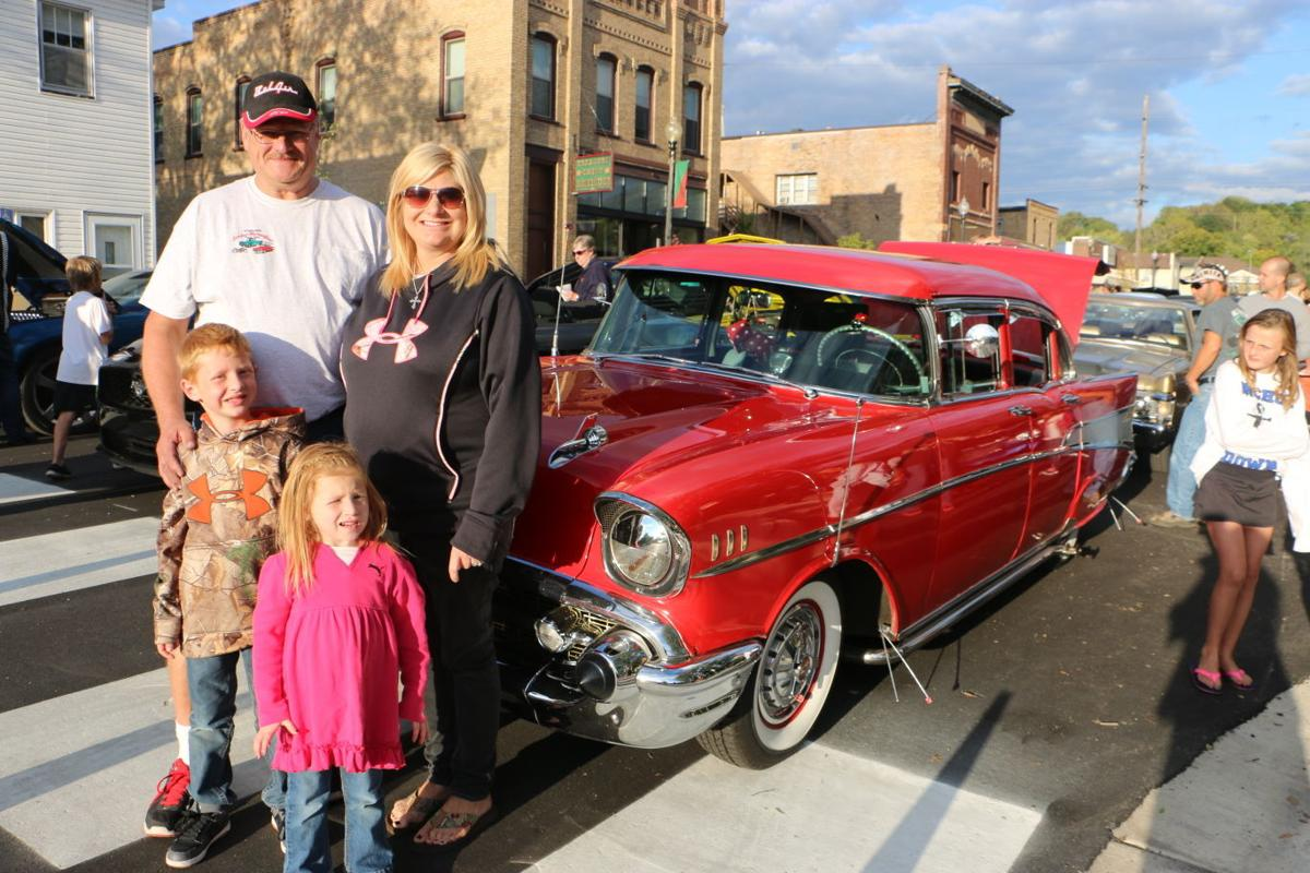 Family joy ride in the dice mobile discover events