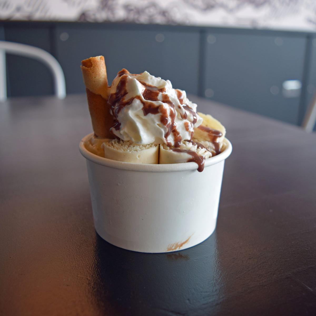 Rolled ice cream 1