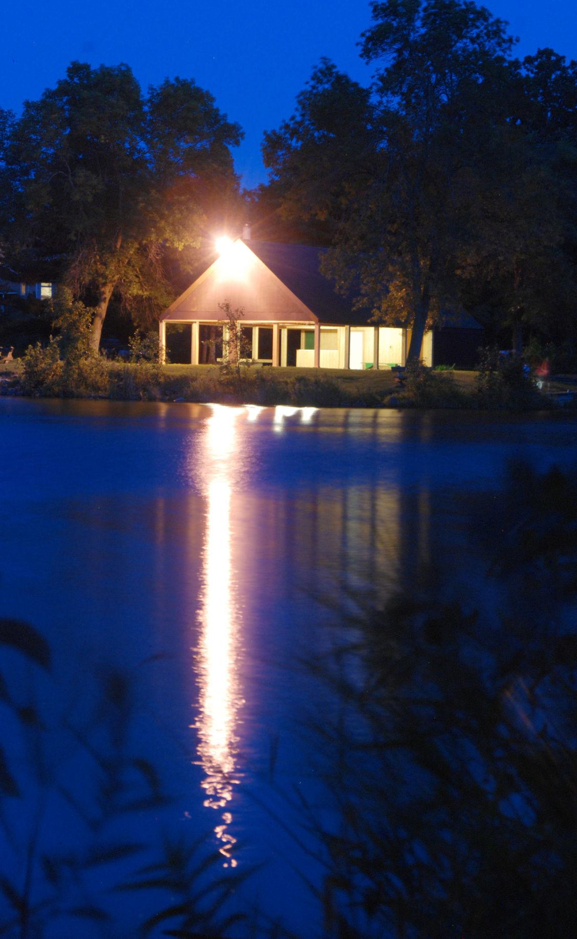 Lake Grace pavilion