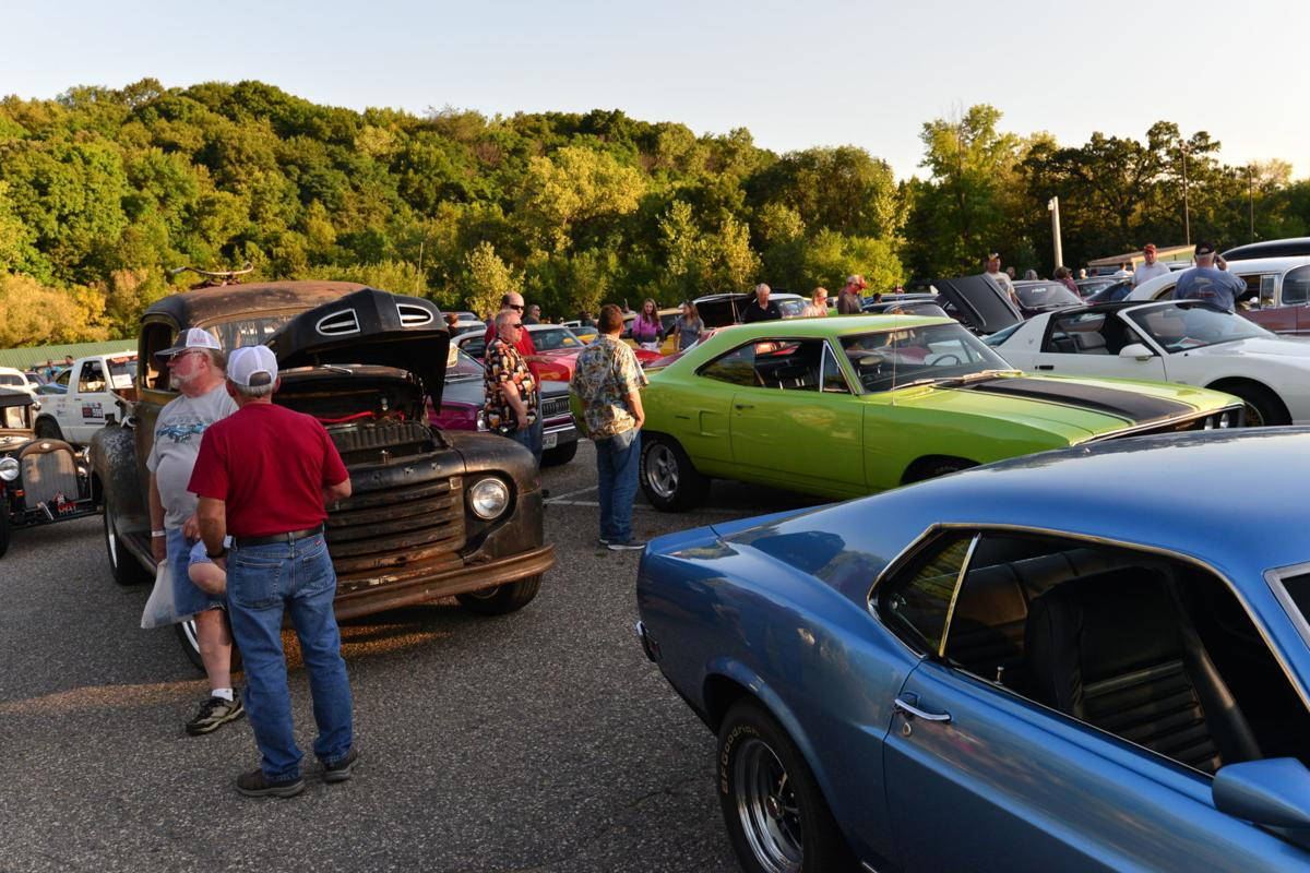 The Car Cruise at Heimatfest