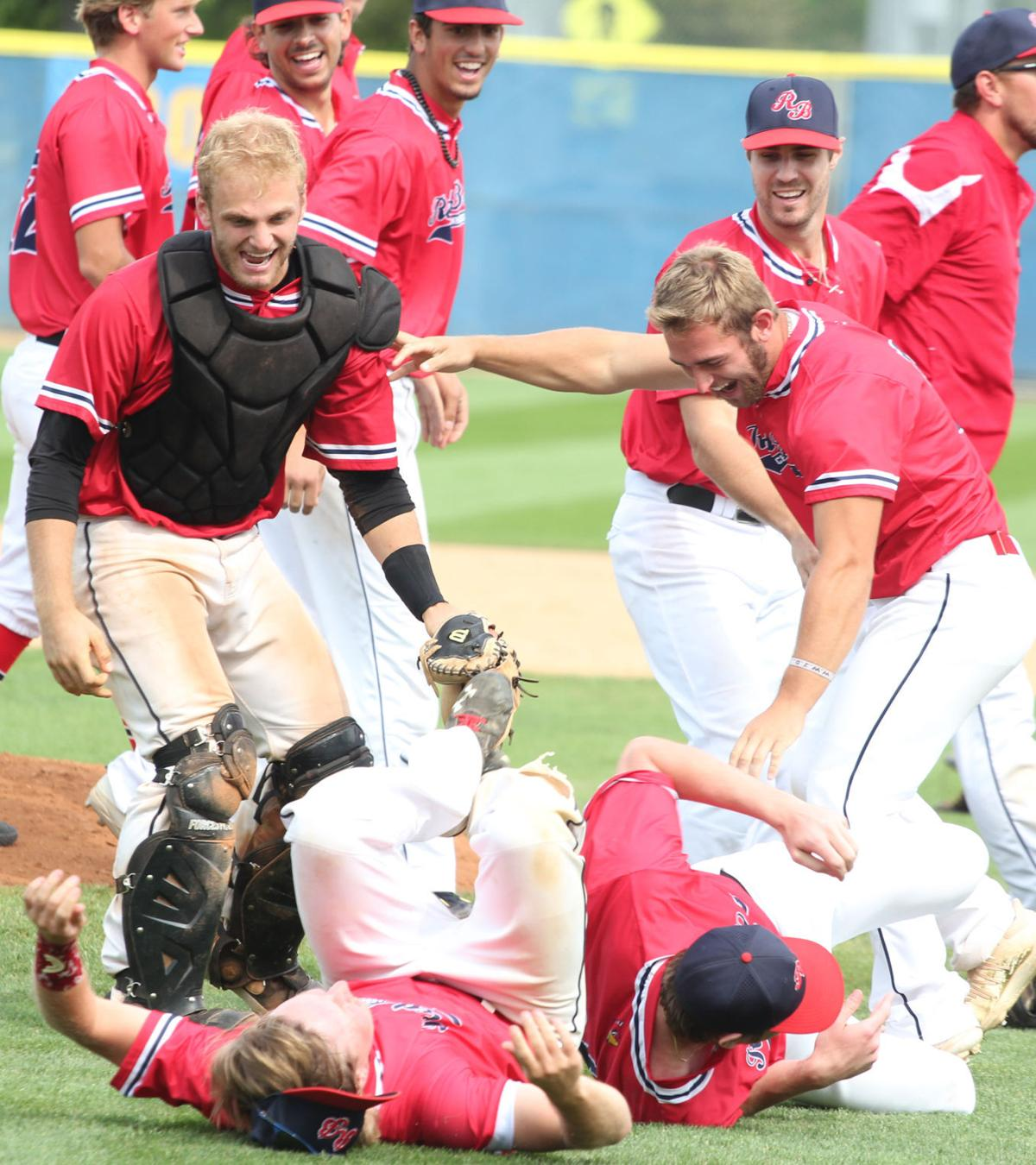 Chan Red Birds - Dog Pile