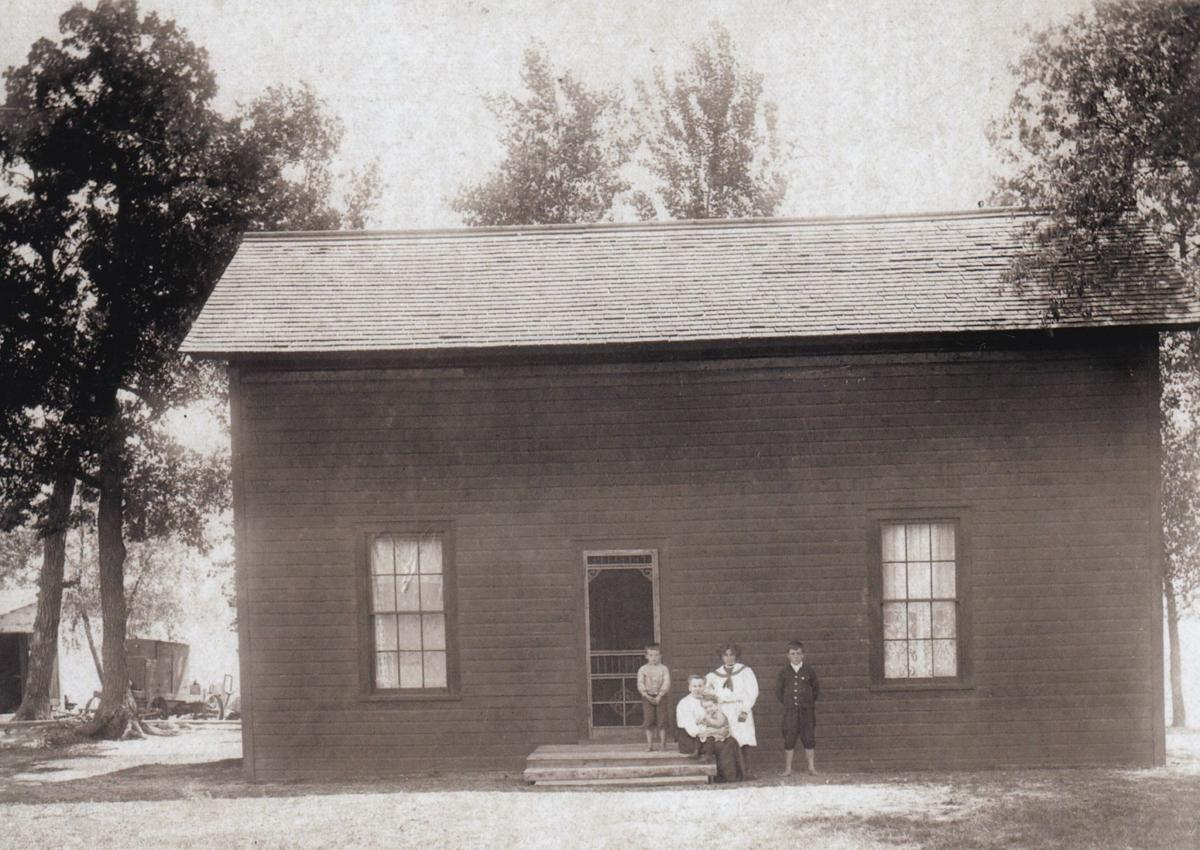 Section Foreman House 1 (historical society photo)