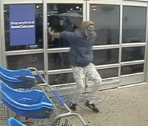 smash and grab suspect 2.jpg