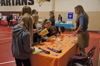 Orono sixth-grade service fair