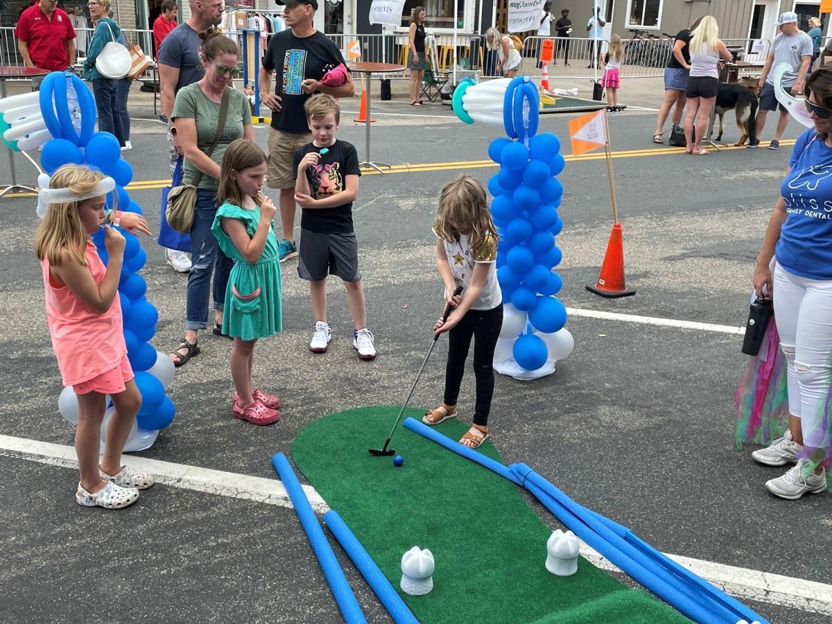 Children putting at Chamber Fest